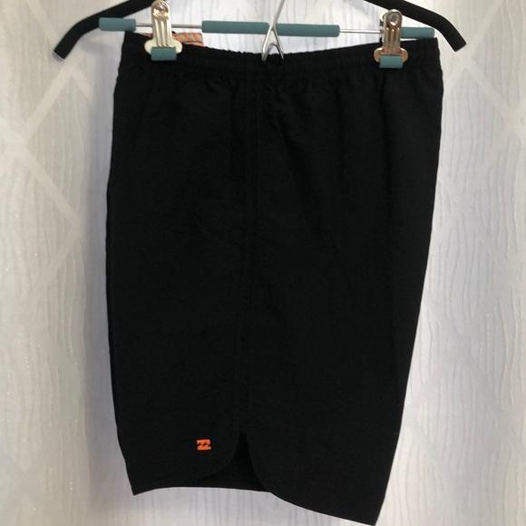 Billabong Ladies Shorts Size Large